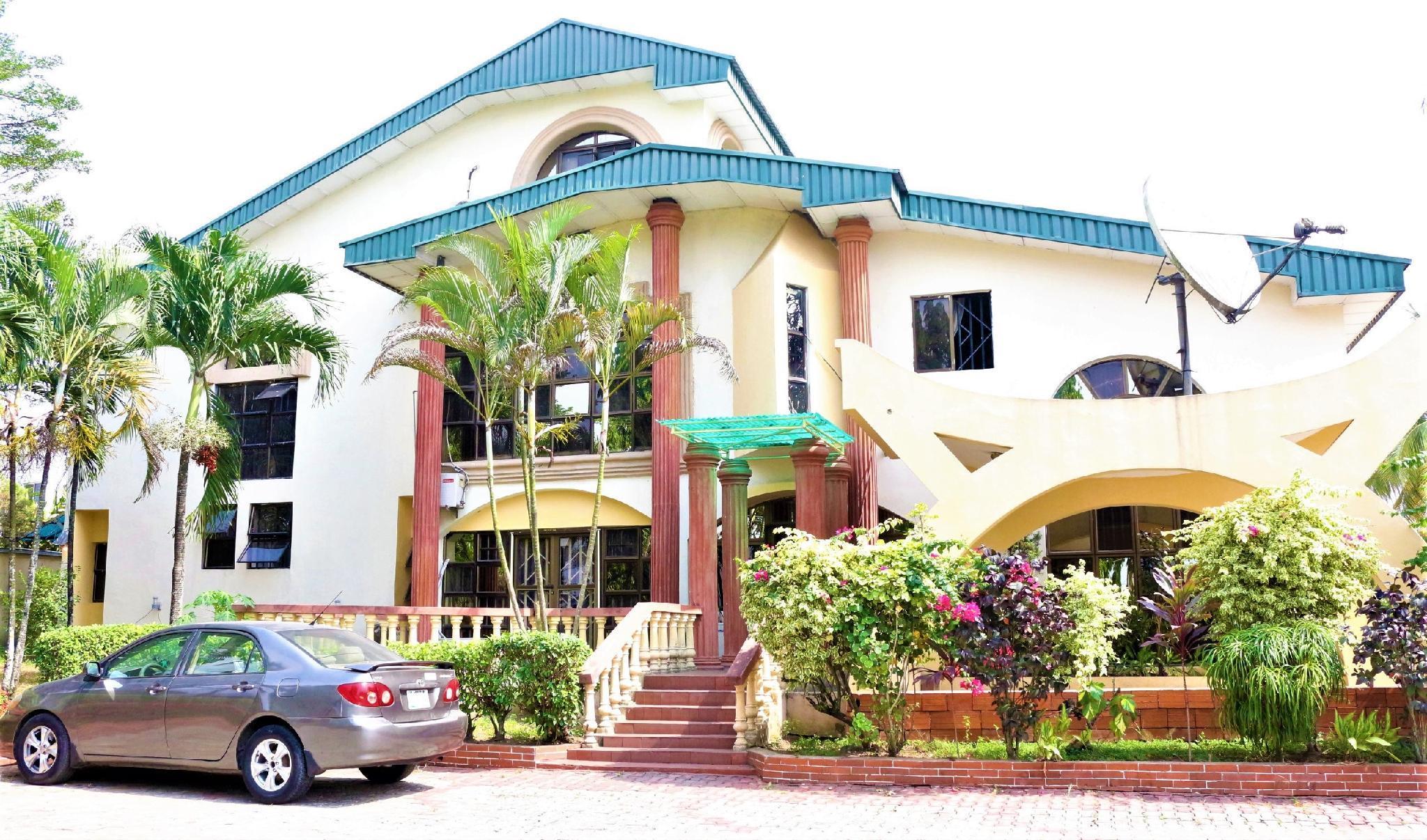 Tourist Castle Hotel And Suites