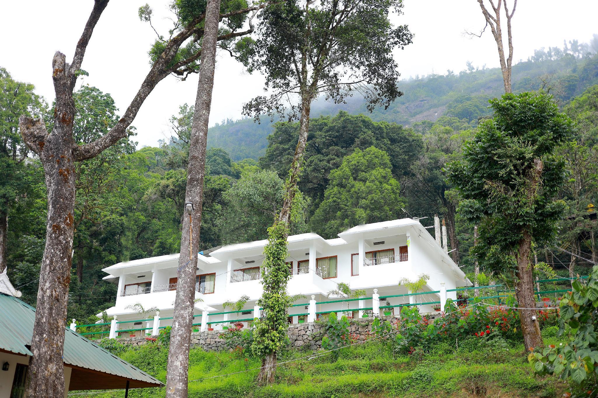 Seven Springs Plantation Resort