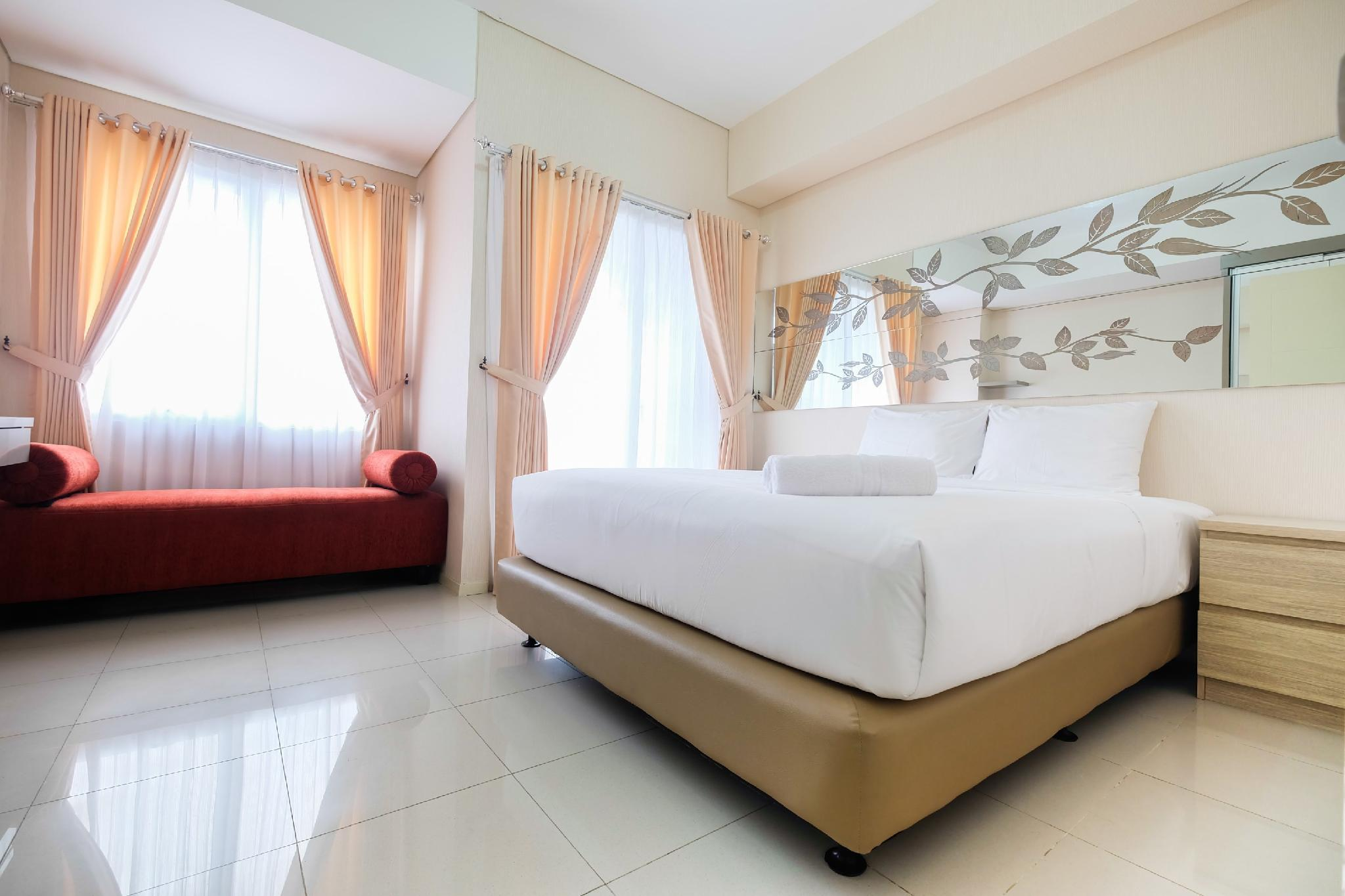 Comfy 1BR Apartment At Cosmo Terrace By Travelio