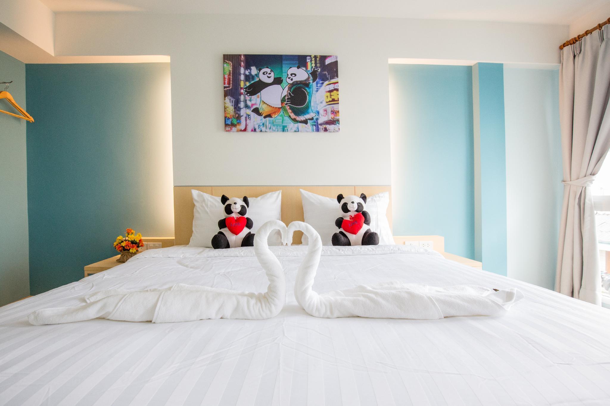 Lucky Panda Hotel
