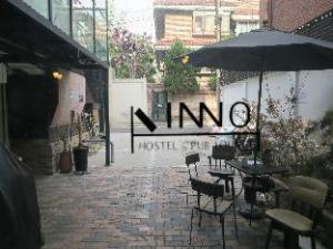 Inno Hostel and Pub Lounge Hongdae