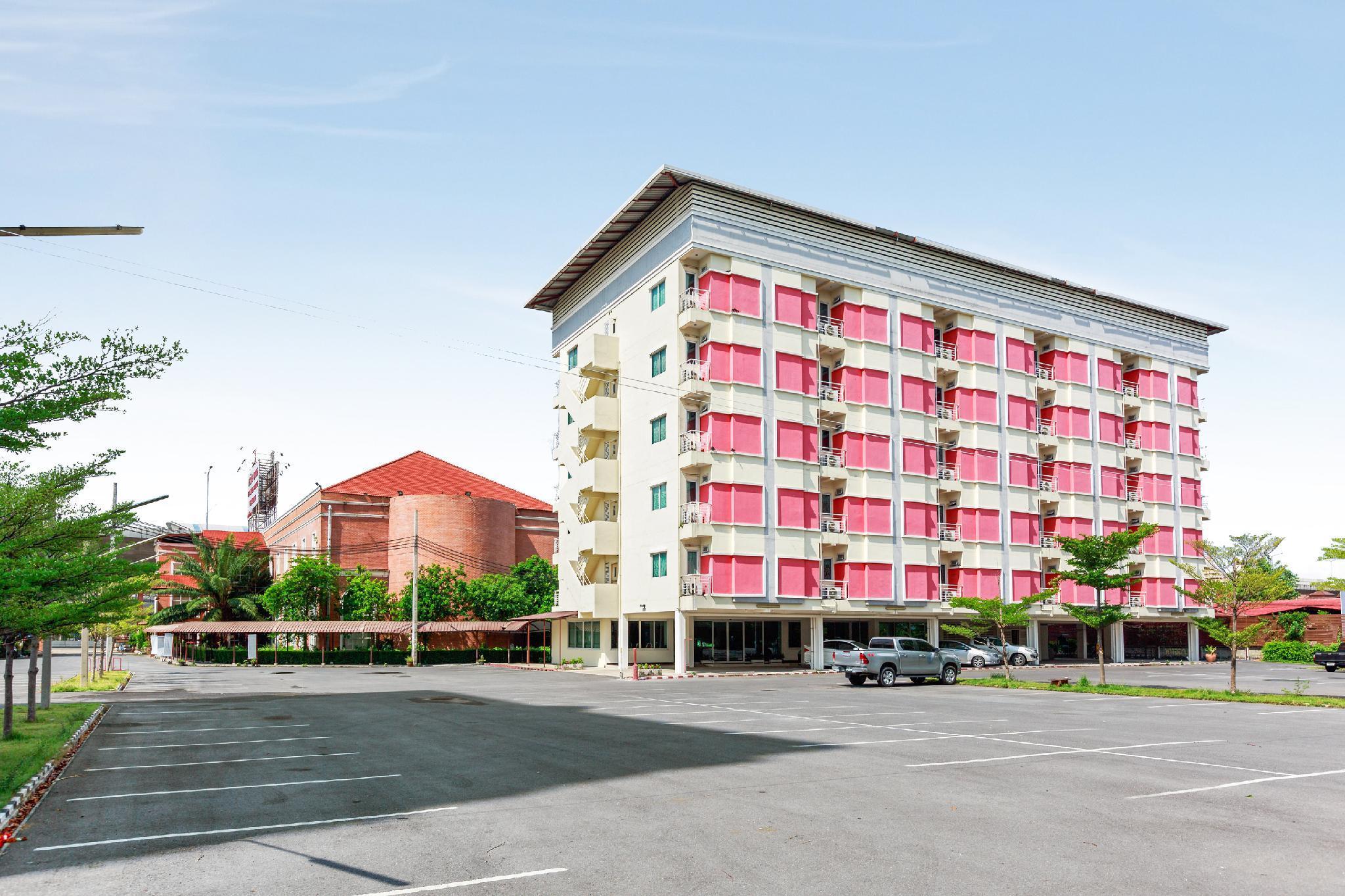 OYO 139 V.Resotel Hotel