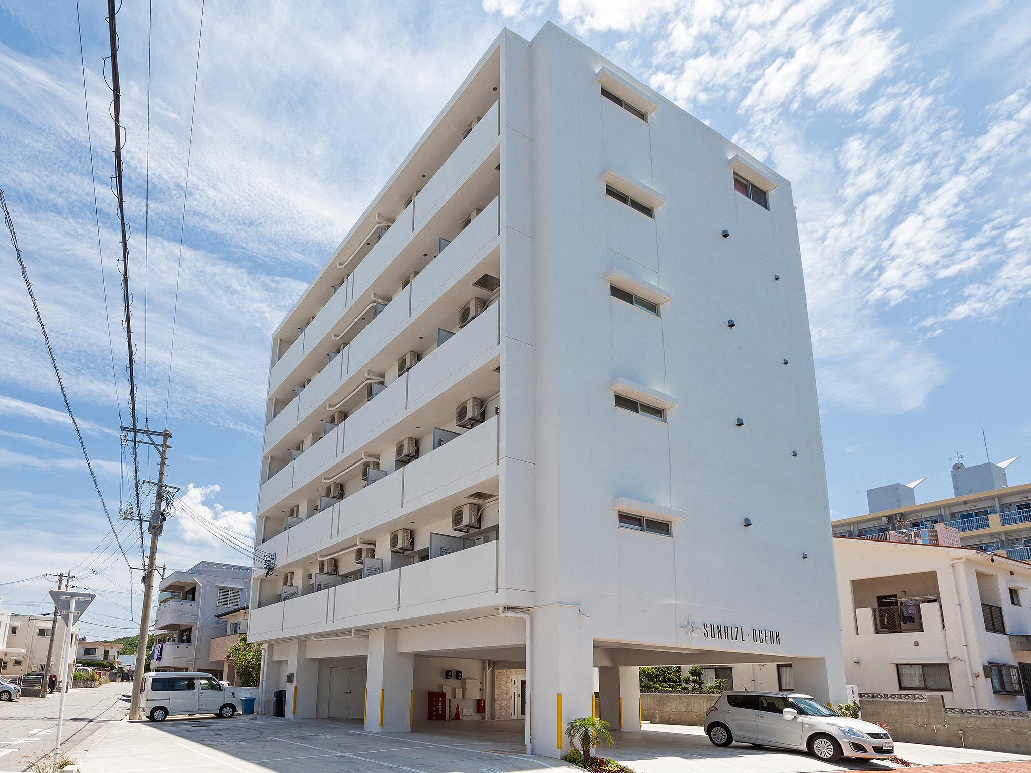 Kariyushi Condominium Resort Yonabaru Sunrise Ocean