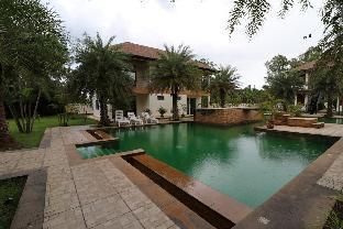 Greenery Villa 11BR Sleeps 22 w/Pool &  Lake วิลลา 11 ห้องนอน 11 ห้องน้ำส่วนตัว ขนาด 8000 ตร.ม. – ห้วยใหญ่