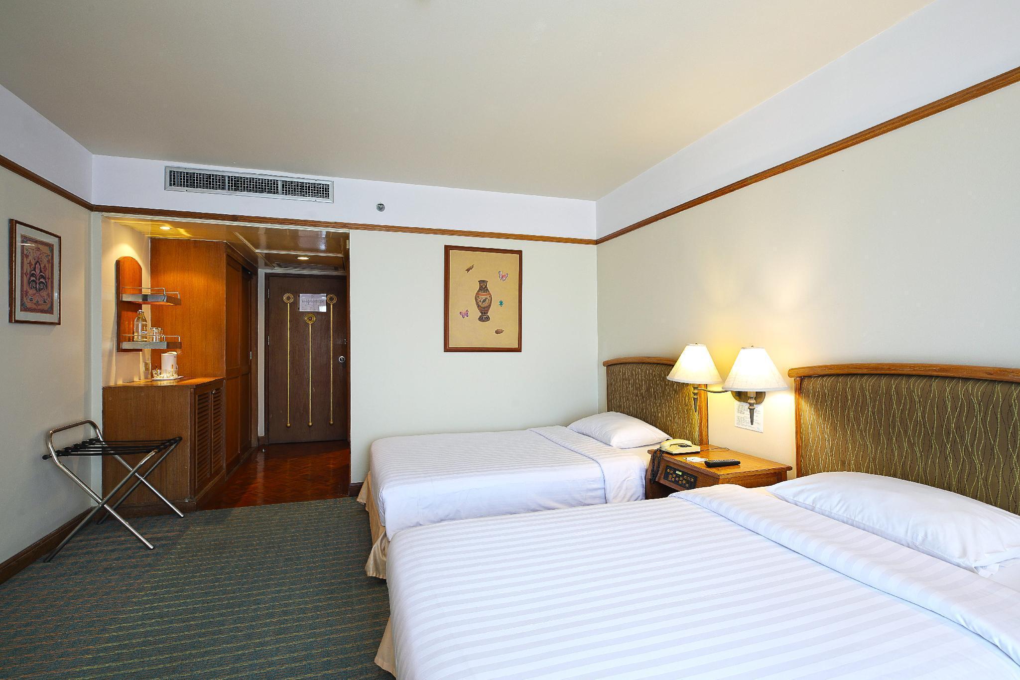 The Royal City Hotel โรงแรมรอยัล ซิตี้
