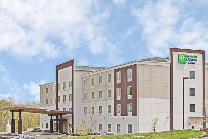 Holiday Inn Express And Suites New Cumberland