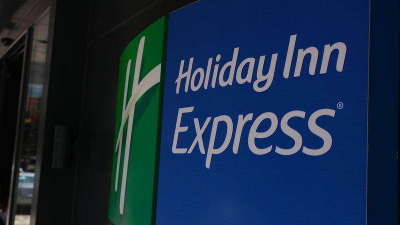 Holiday Inn Express Istanbul   Atakoy Metro