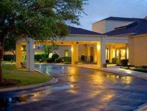 Courtyard Medical Center Hotel