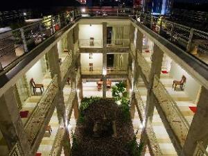Marni Mulya Guest House