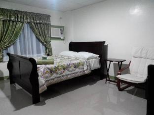 picture 3 of Raquels Pensionne House