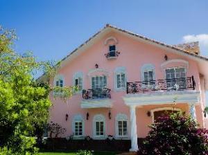 Belle Garden Hotel
