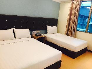 Ease Hotel