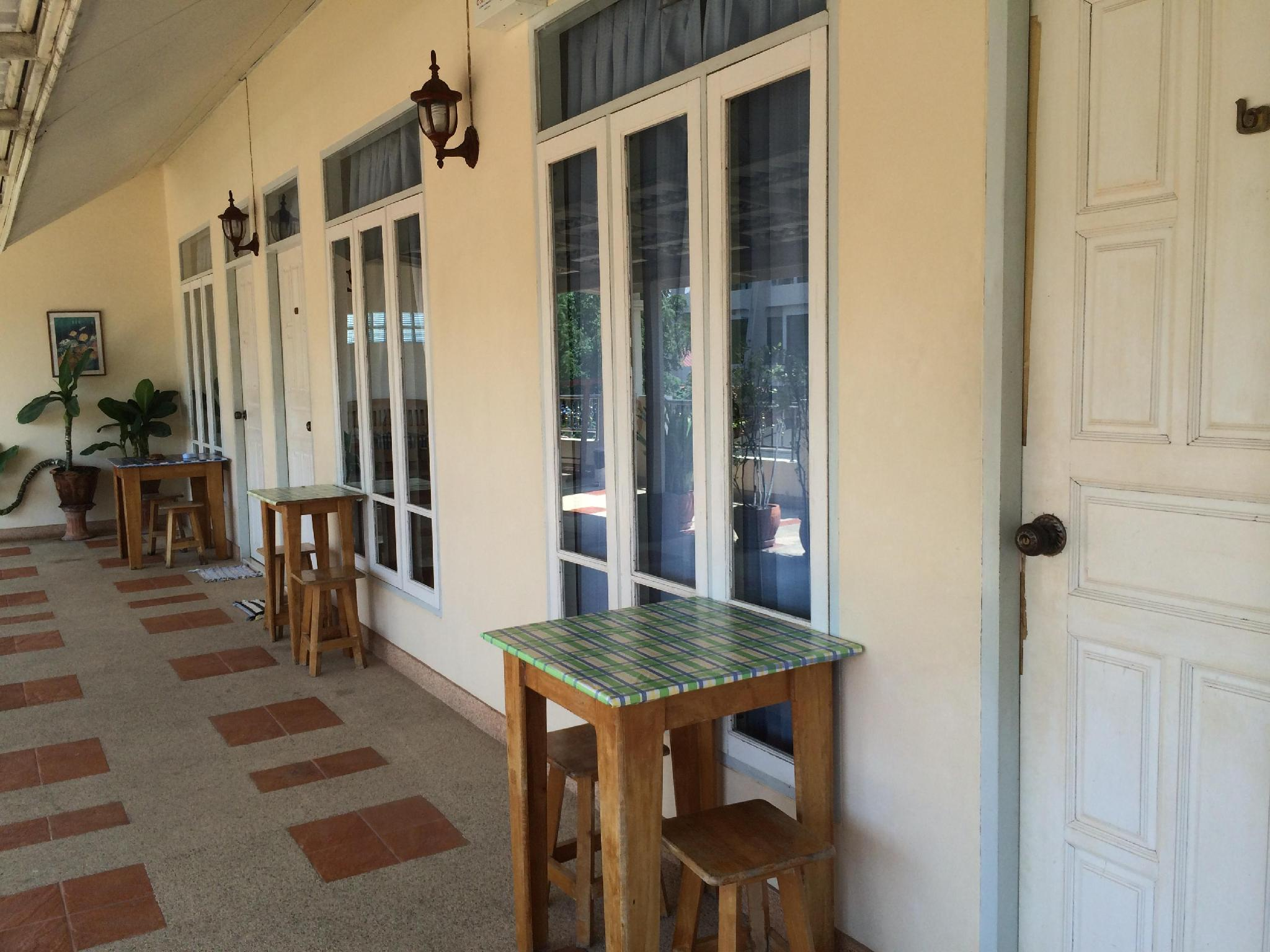 bangnangrom guesthouse