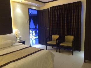 picture 5 of Verazza Hotel