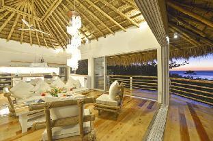 picture 2 of Diniview Villas Resort