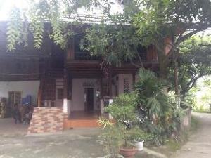 Stilt House No 24