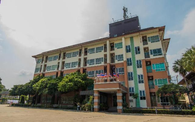 เดอะ ธราวดี ศรีราชา อพาร์ตเมนต์ – The Tarawadee Sriracha Apartment
