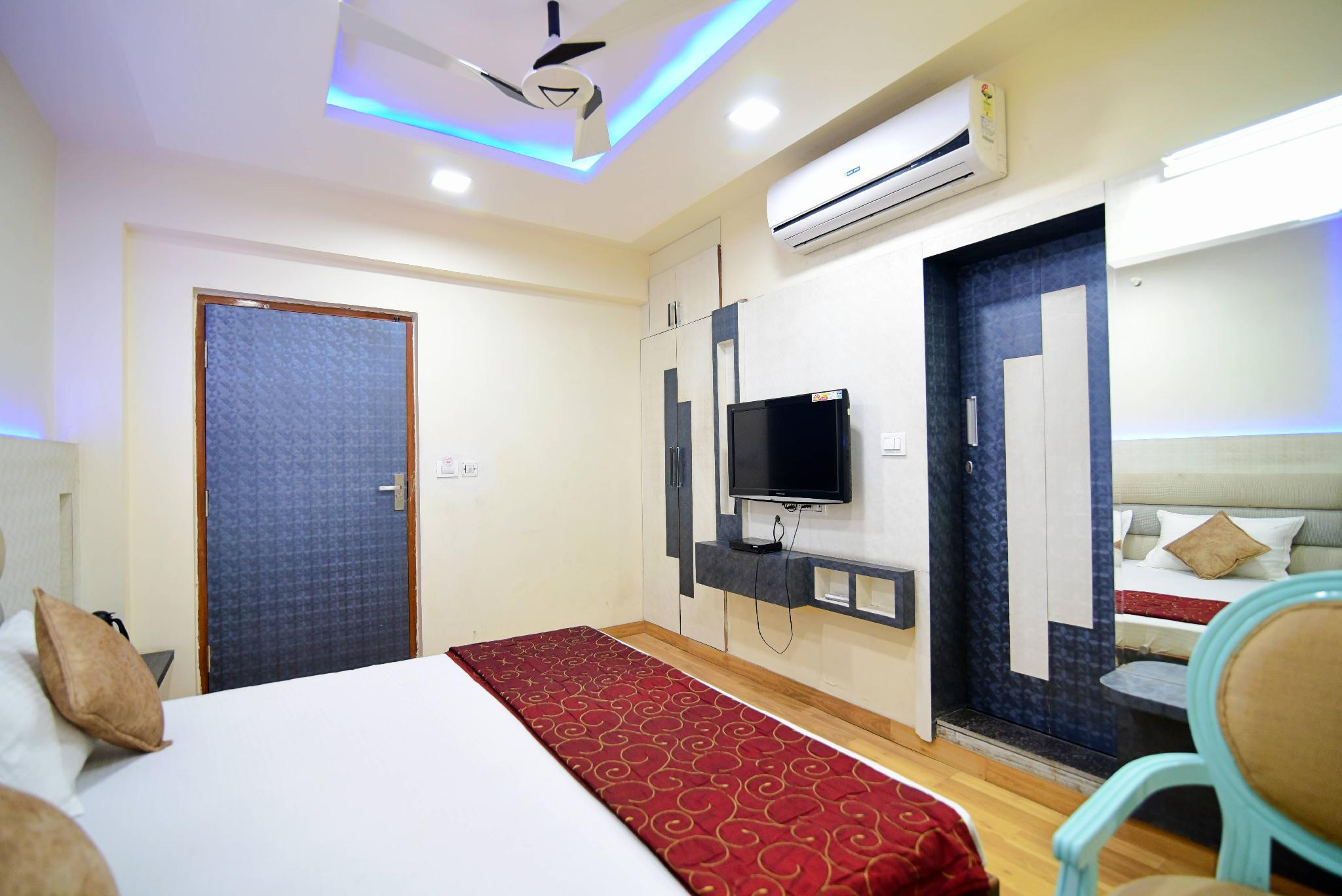 Hotel Shyampuriya Palace