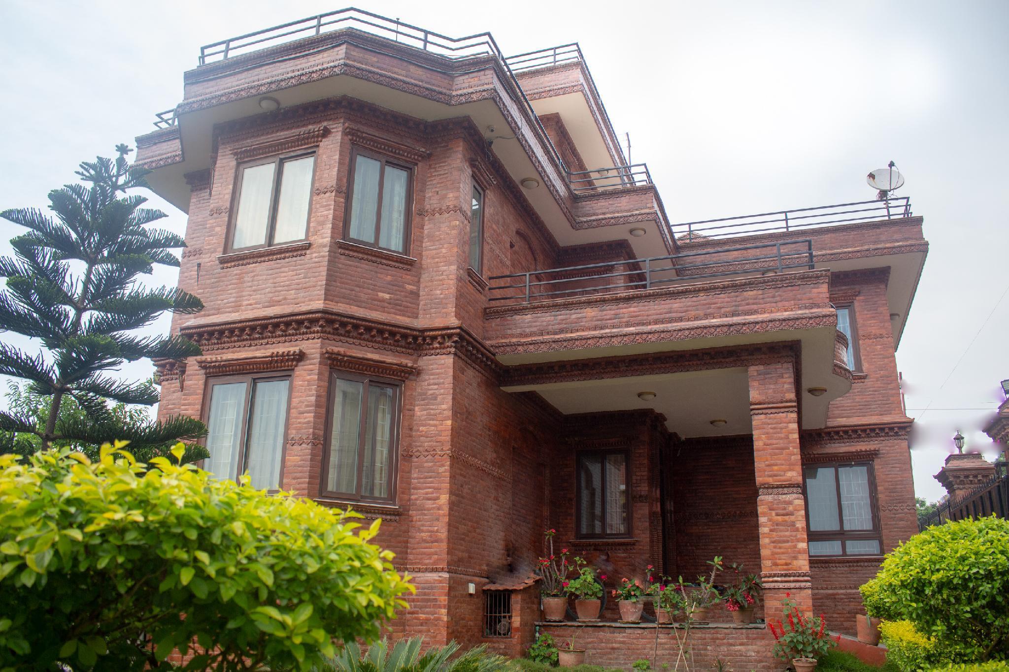 OYO 389 Fulchoki Shangrila Home