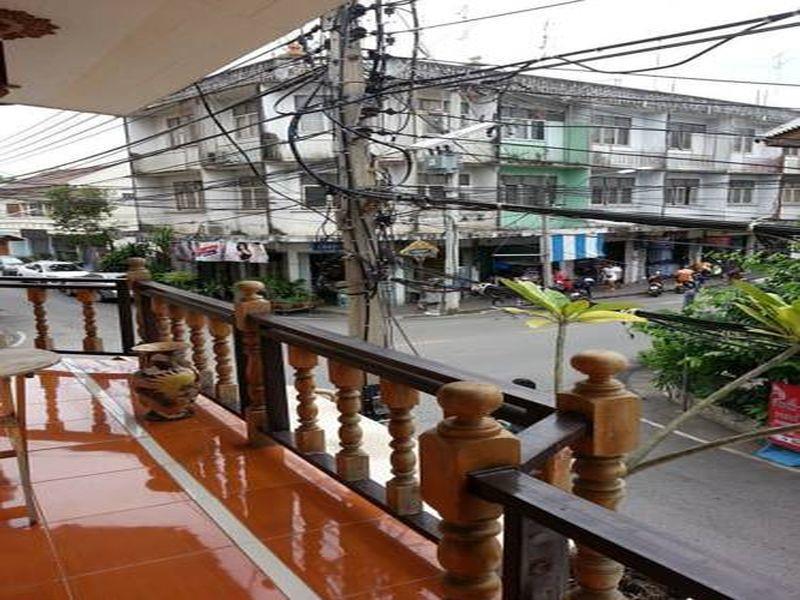 jj. home petchaburi