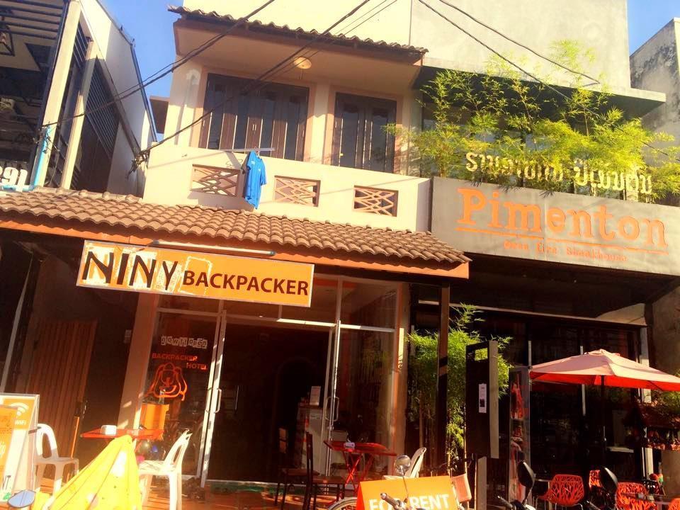 Niny Backpackers