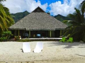 Enjoy Villa Pool and Beach