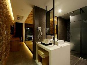 R Lee Suite Songdo