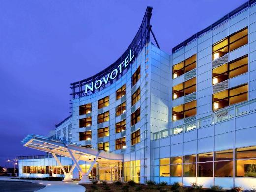Novotel Montreal Aeroport Hotel