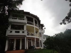 Mahaweli View Hotel
