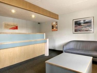 Red Roof Inn Suites Mobile Tillman S Corner 2017 Room
