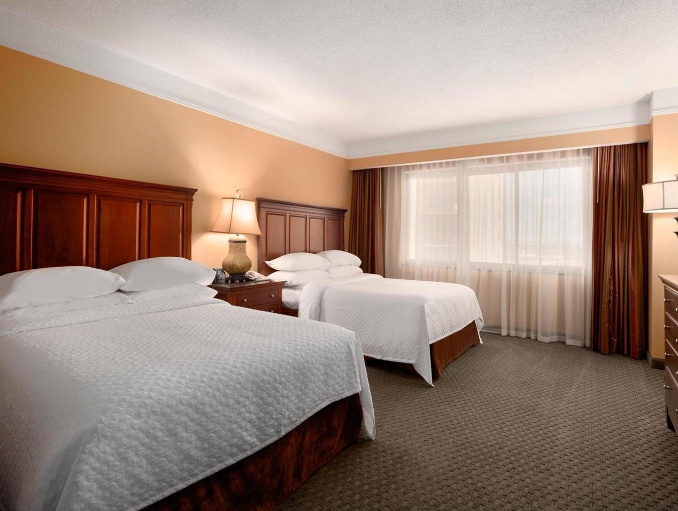 Embassy Suites Crystal City National Airport Hotel