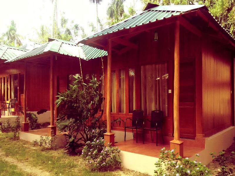 Aparupa Sands Marina Resort Havelock Island