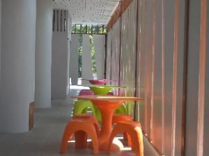 Ko Tao Center Hostel