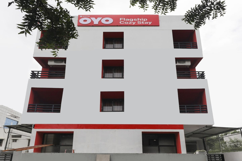 OYO 40419 Hotel Cozy Stay