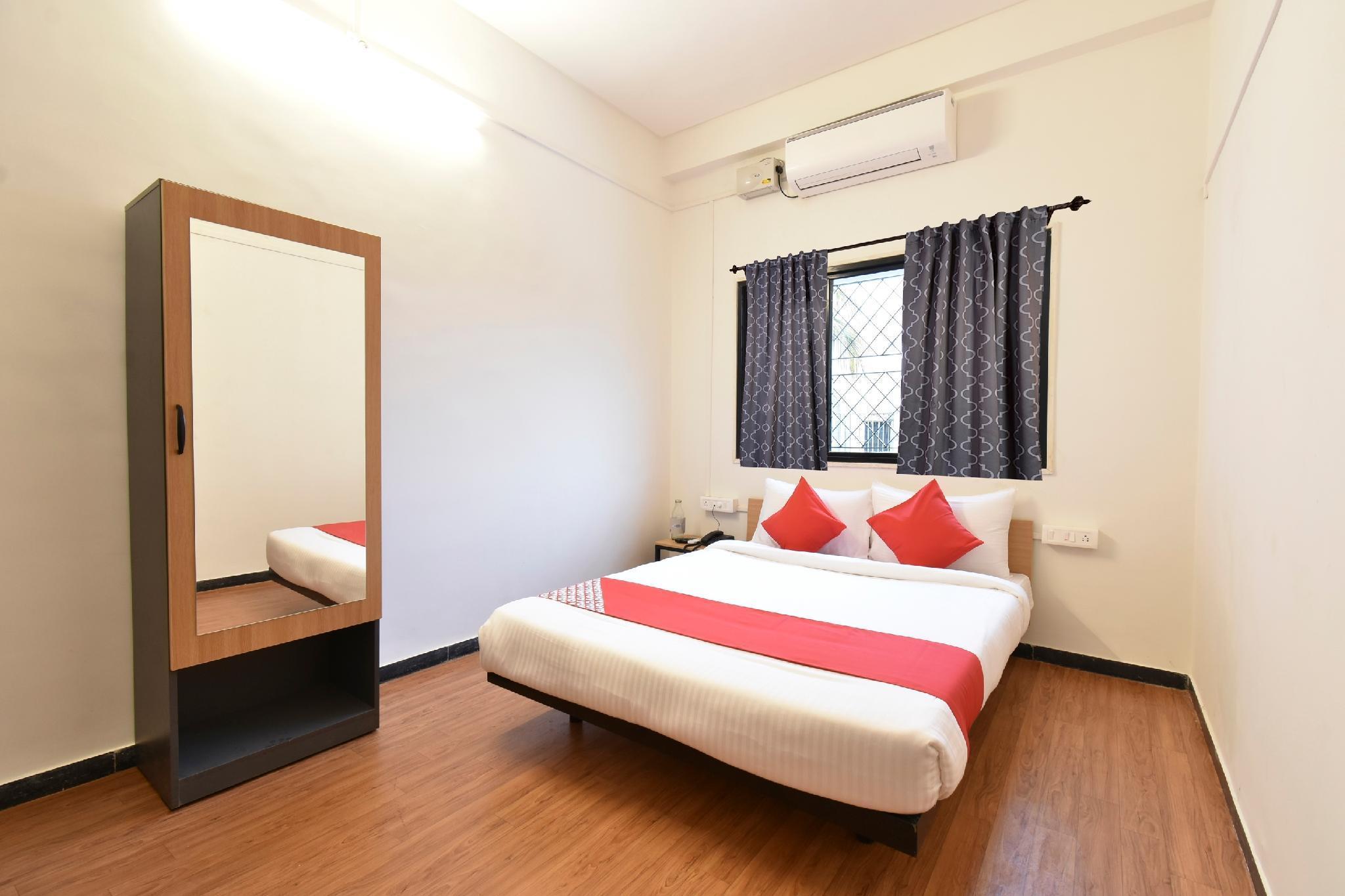 OYO Flagship 39631 Hotel Saubhagya Madina Chowk