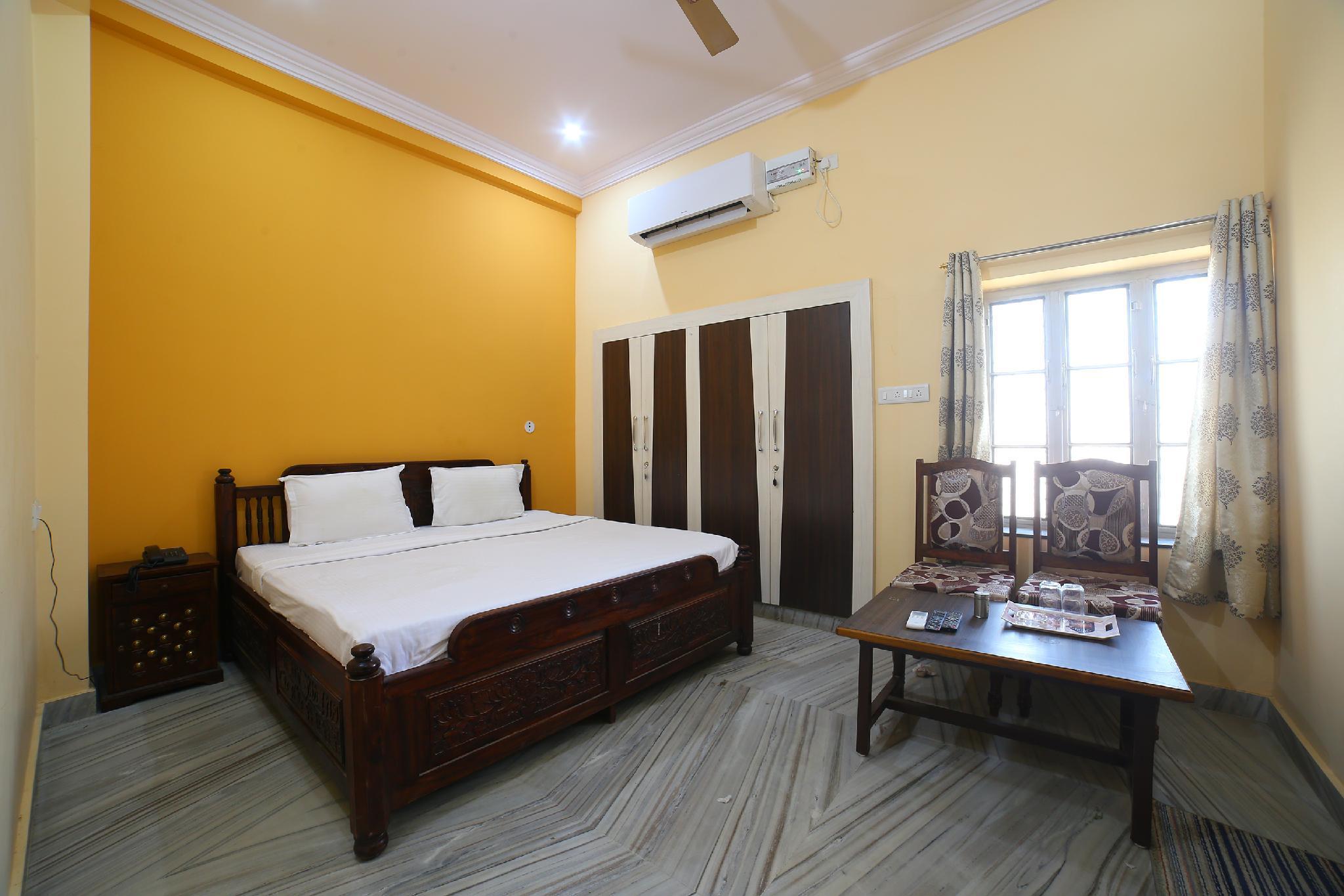 SMART 42210 Ganpati Hotel And Restaurant