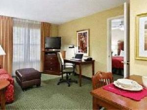 Homewood Suites by Hilton Birmingham-South Hotel