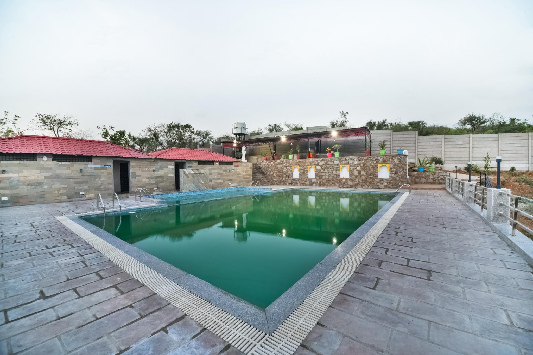 OYO 40746 The Shiv Garh Resort