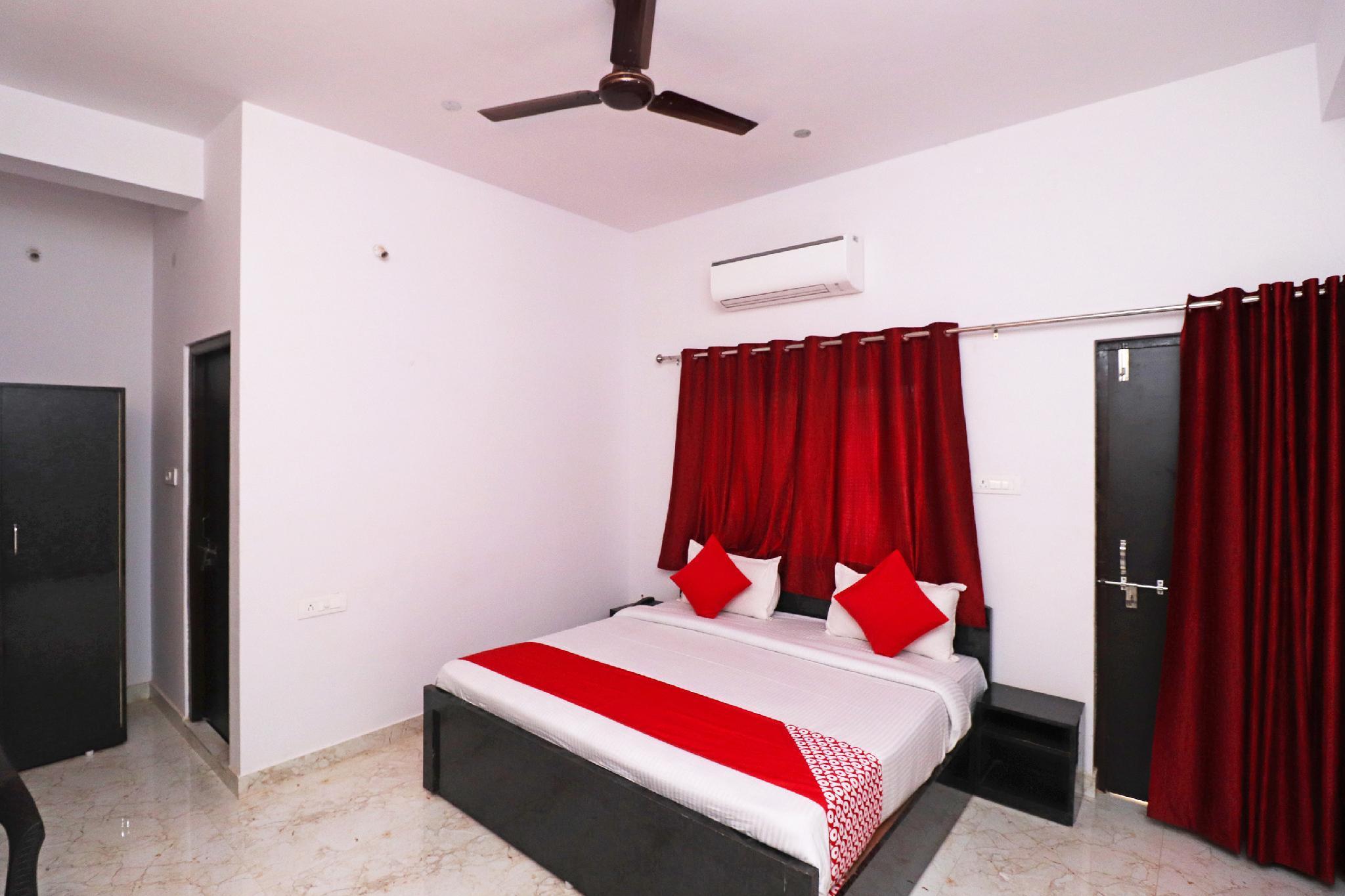 OYO 39774 Hotel Kanishka Residency