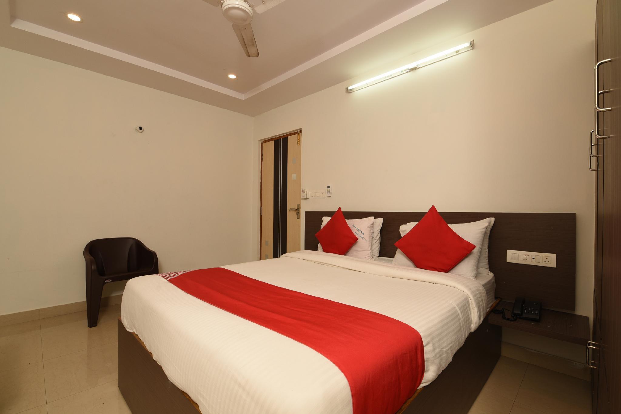 OYO 40770 Sai Priya Residency
