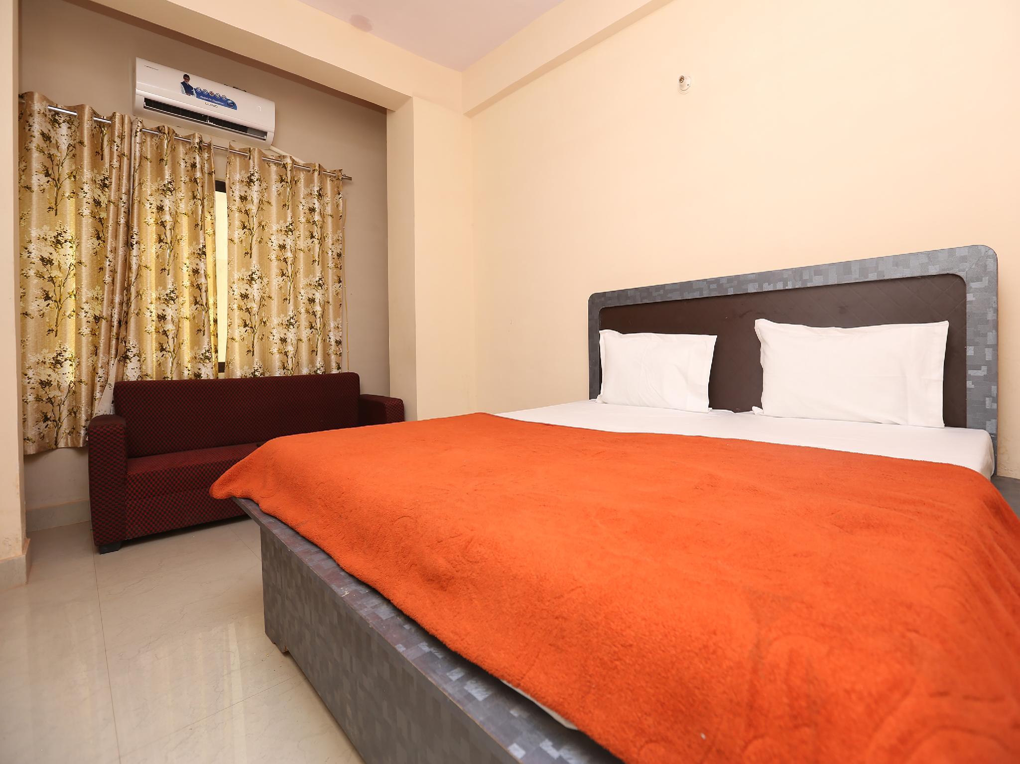 SPOT ON 41446 Hotel Sapan