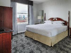 Embassy Suites Portland Downtown Hotel
