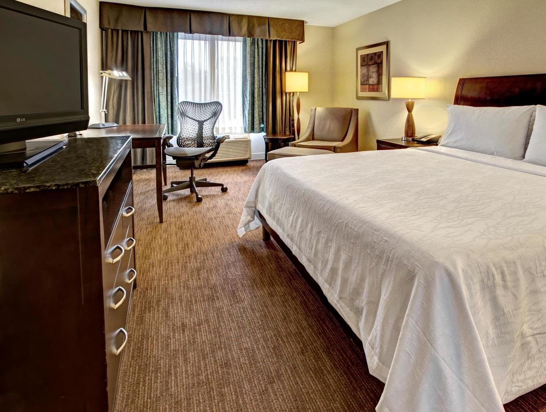 Hilton Garden Inn Nashville Airport Hotel