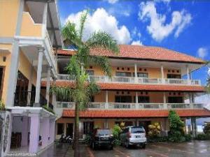 바루 두아 비치 호텔 앤 레스토랑  (Baru Dua Beach Hotel and Restaurant)