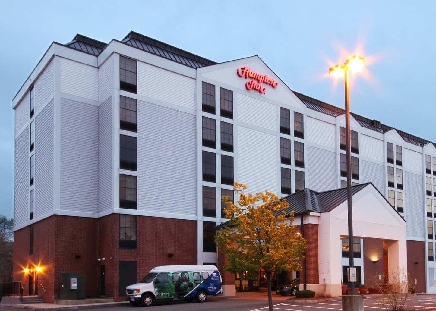 Hampton Inn Boston   Peabody Hotel
