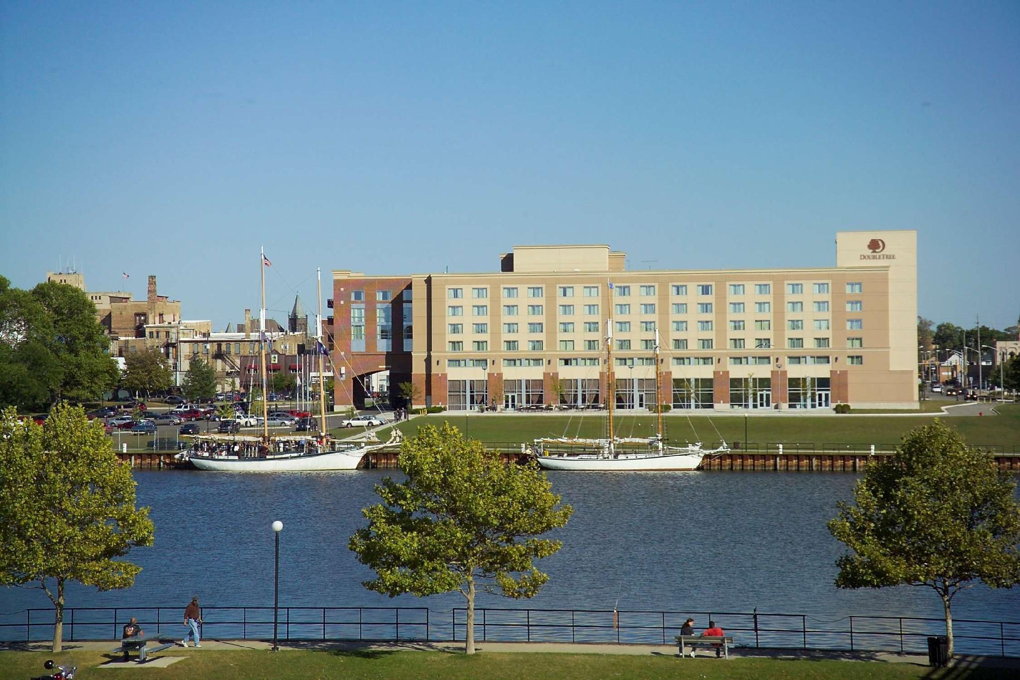 DoubleTree By Hilton Bay City Riverfront