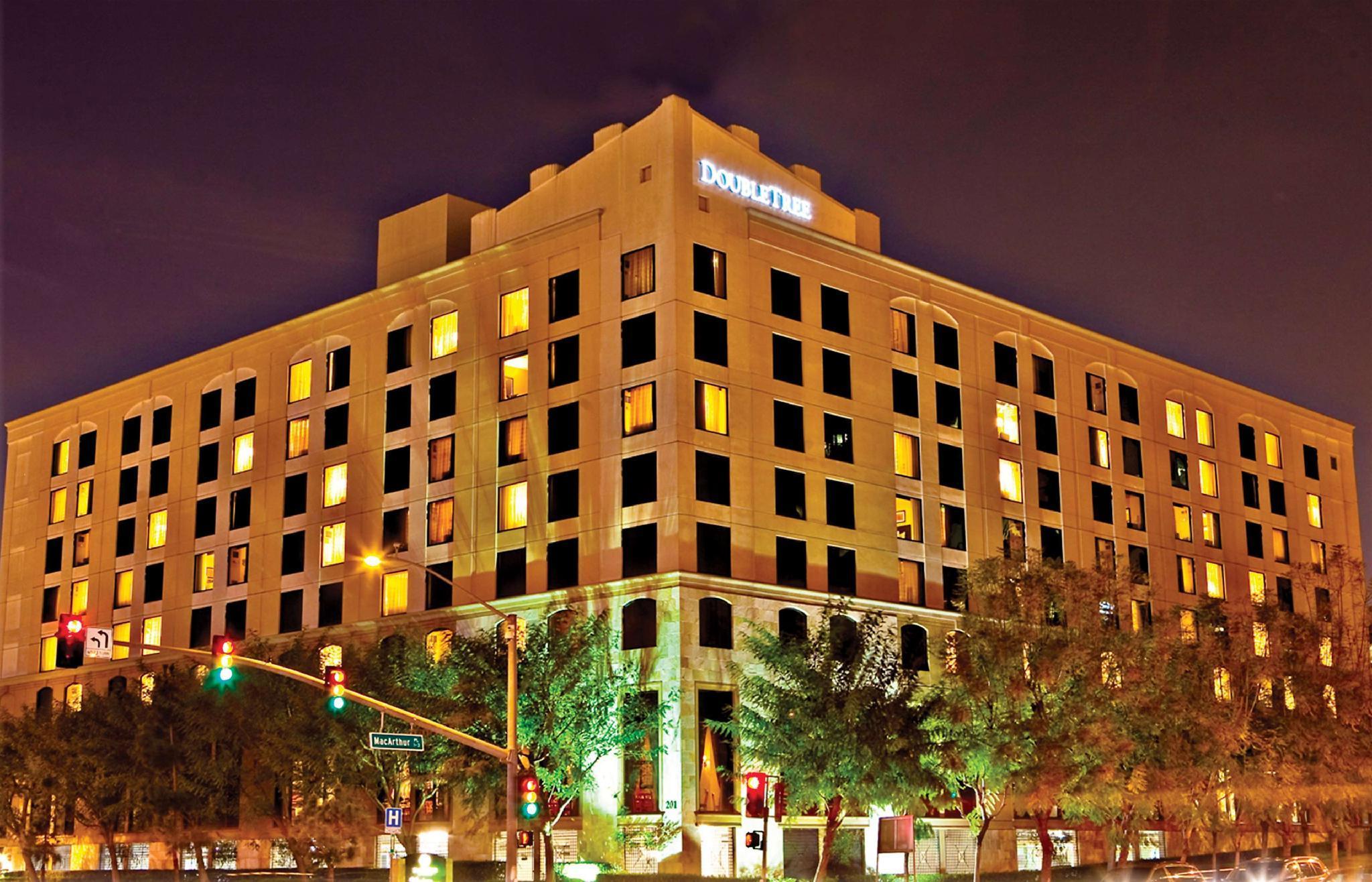 Doubletree Santa Ana Orange County Airport Hotel