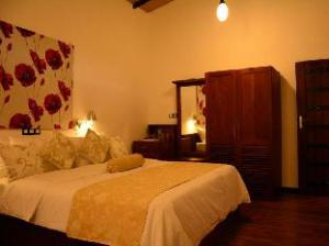 關於烏納瓦圖納榮耀大飯店 (Gloria Grand Unawatuna Hotel)