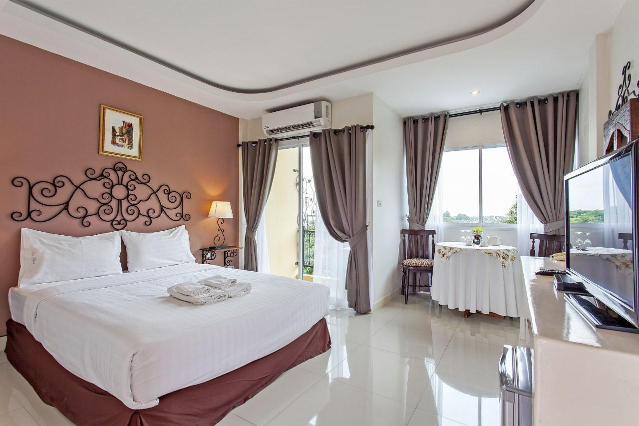 Holiday Villa Thailand Co.