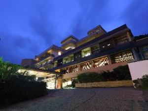 โรงแรมฟุตะบะ (Hotel Futaba)